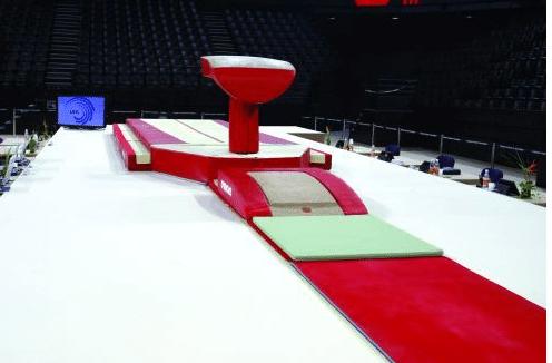 Table de saut evolution pied central protections ref - Table de saut gymnova ...