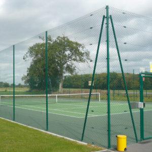 Cloture-de-tennis