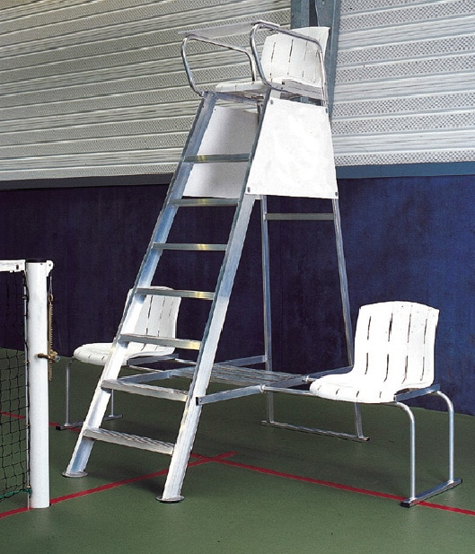 chaise d arbitre en aluminium. Black Bedroom Furniture Sets. Home Design Ideas