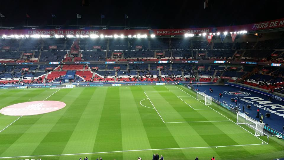 stade_parc-princes-tibunes-protec